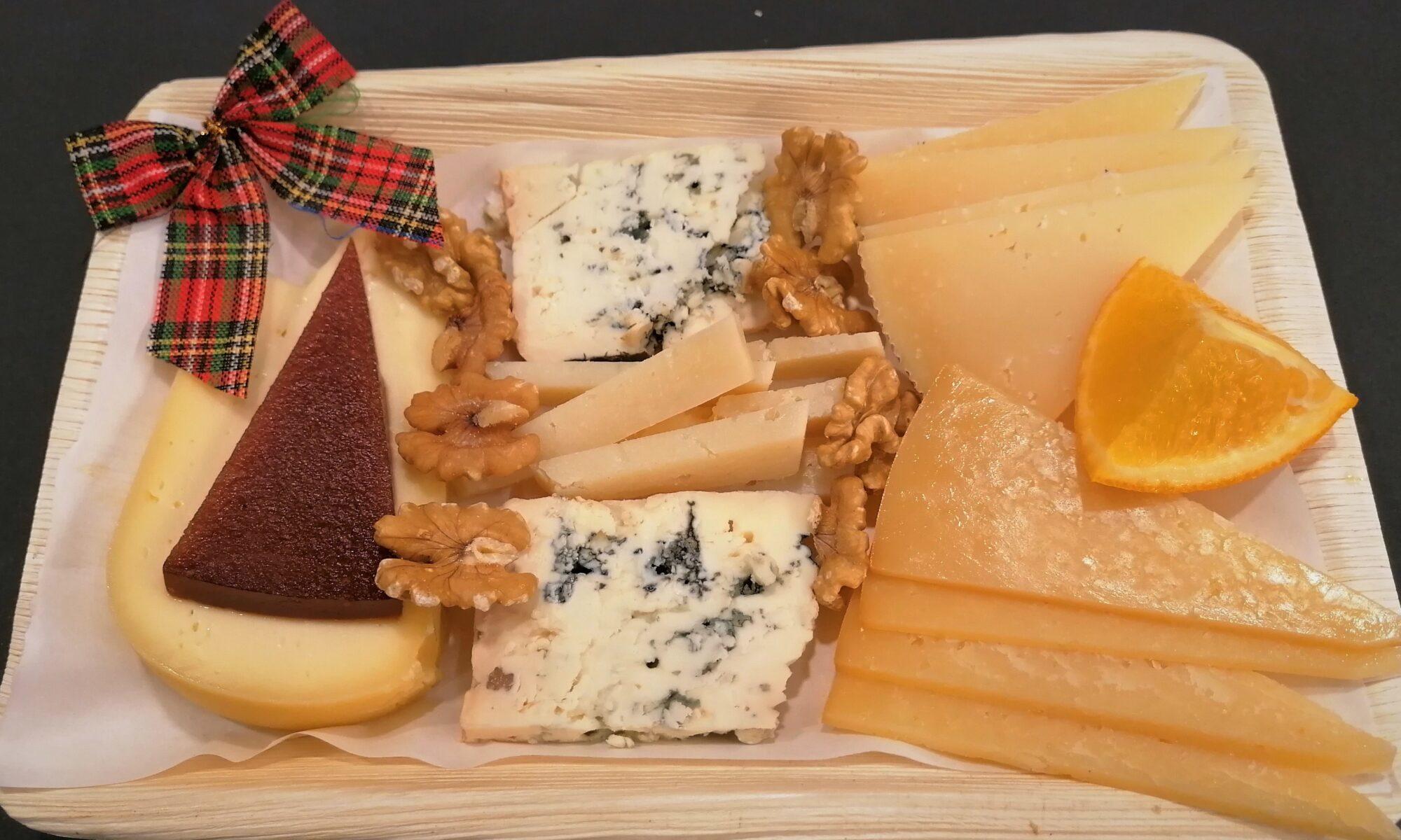 tabla de 5 quesos españoles